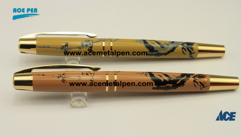 High end Wood finish Rollerball pen with fashion design