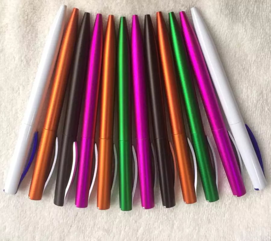Plastic promotion ball pens